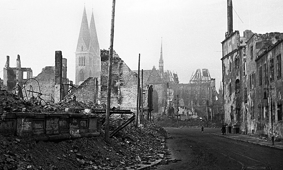 Halberstadt April 1945